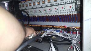 mạch điện điều khiển dây chuyền định lượng bột